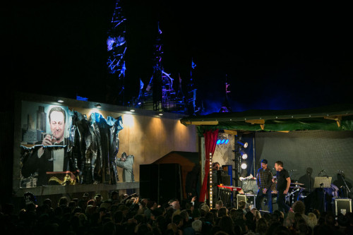 UK - Dismaland - Sleaford Mods plays live next to artwork by kennarphillipps
